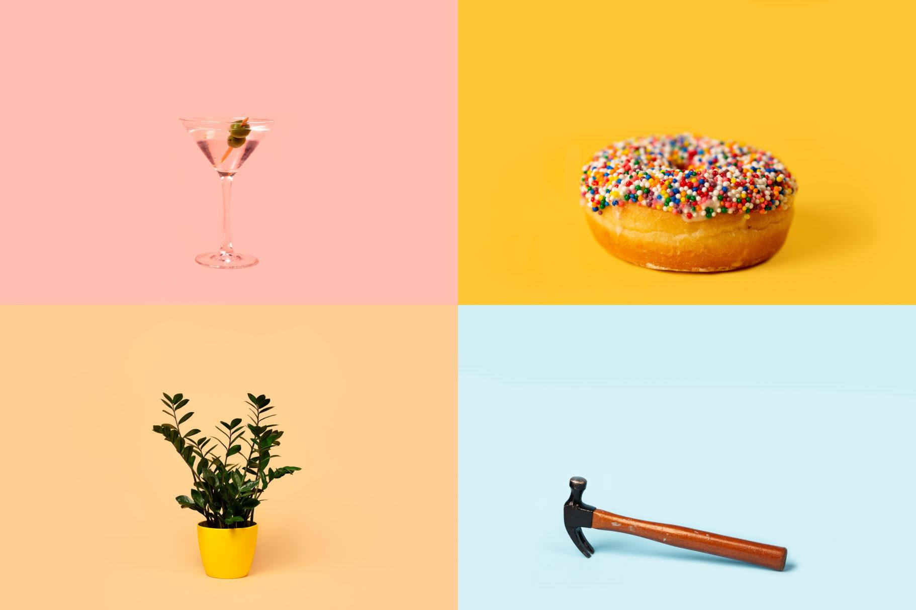 Un verre, une beigne, une plante, un marteau.